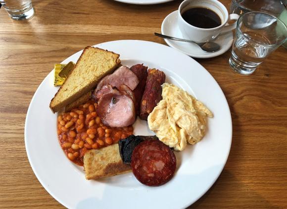 Glutenvrij klassiek schots ontbijt Edinburgh Schotland