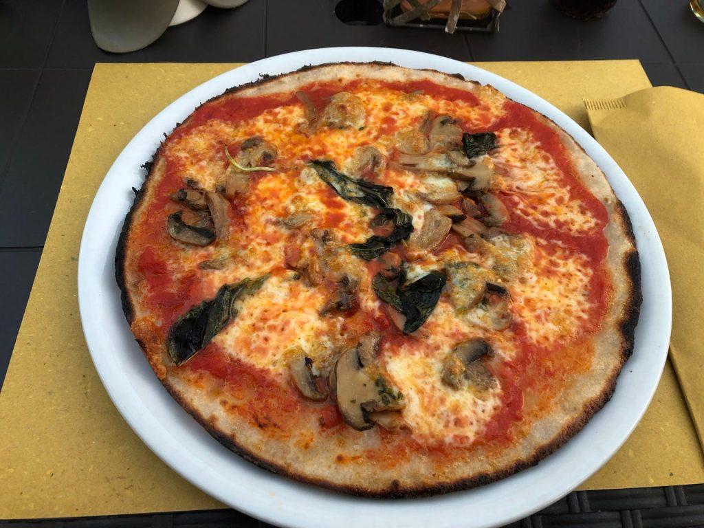 Glutenvrije Pizza bij  Vizi & Virtù  in Formia